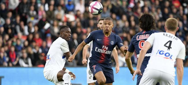 Football - Ligue 1 Uber Eats (Season 2020)   TV5MONDE États-Unis